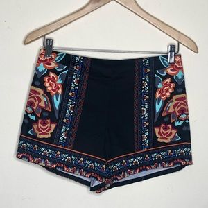 FLYING TOMATO Floral print shorts | M